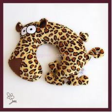 Подушка подголовник Леопард Эдуард