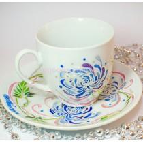 Керамическая чашка с блюдцем «Хризантемы»