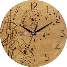 Настенные часы Маки