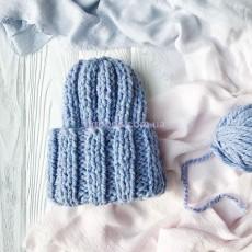 Женская шапочка голубая Basic mini