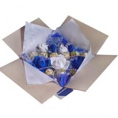 """Букет из конфет """"Голубые розы"""""""