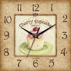Настенные часы Cupcake