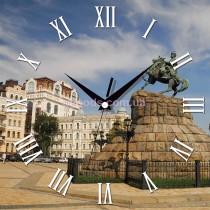 Настенные часы памятник Богдану Хмельницкому Софийская площадь Киев