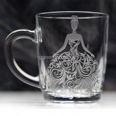 Чашка Красотка для чая и кофе