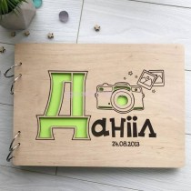 Именной фотоальбом с деревянной обложкой