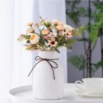 Искусственные чайные розы бежевые